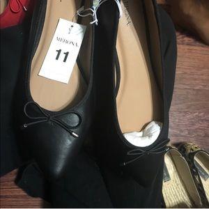 Black pointy toe flats ♠️